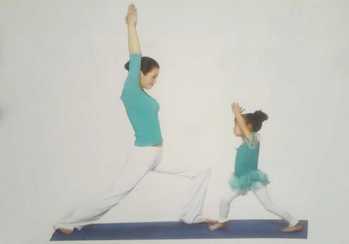 亲子瑜伽的几种方法