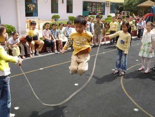宝宝学跳绳的好处