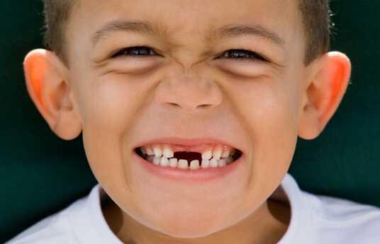 换牙期牙齿护理的5个关键