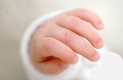 帮宝宝修剪指甲的工具 宝宝多大可以剪指甲