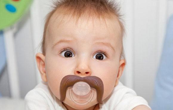 宝宝用安抚奶嘴好不好
