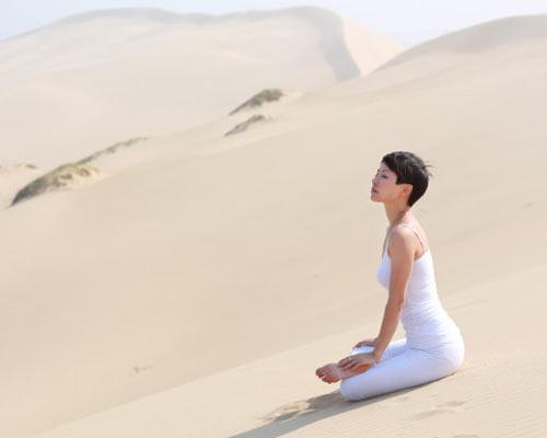 关于秋季瑜伽养生