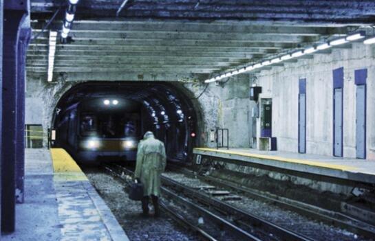 深圳地铁闹鬼事件 让无数外来人惊恐万分