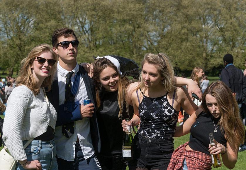 英媒称剑桥大学将维持线上教学至2021年