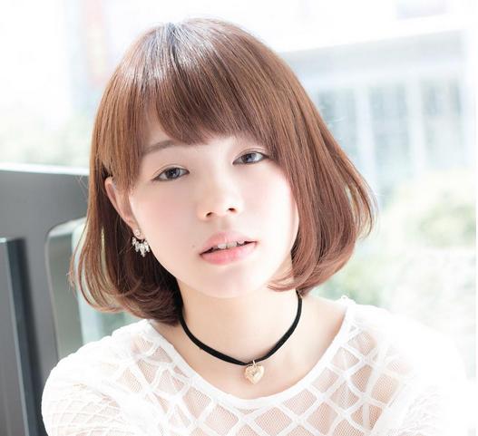 女生韩式可爱发型有哪几款?如何扎丸子头?